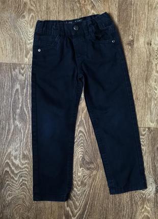 Джинсы чернильного цвета. размер 3-4 года
