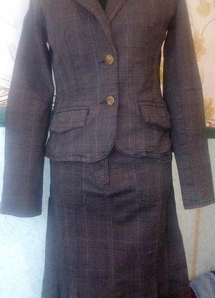 Фирменный классический деловой костюм qs by s.oliver
