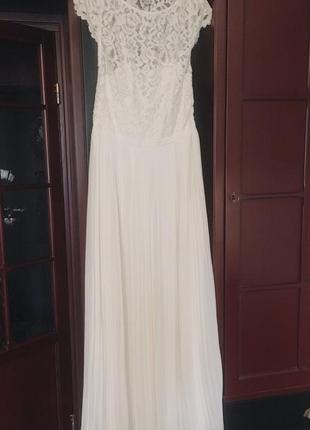 Длинное платье с плиссировкой и кружевом {выпускное, свадебное, вечернее }