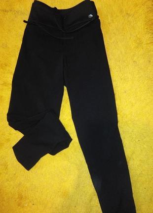 Фирменные укороченные брюки сигареты, дудочки, зауженные брючки ted baker