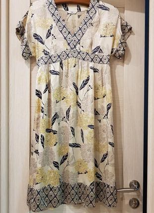 Коктейльное платье из натурального шелка