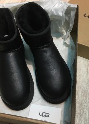 Оригинальные угги ugg australia mini black черные кожаные