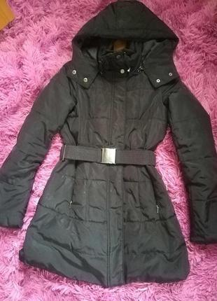 Зимова куртка zara