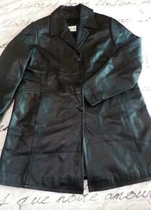 Фирменная кожаная куртка. большой размер.