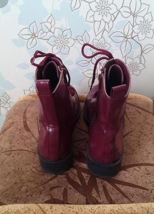 Стильные ботинки на шнуровке цвет бордо3 фото