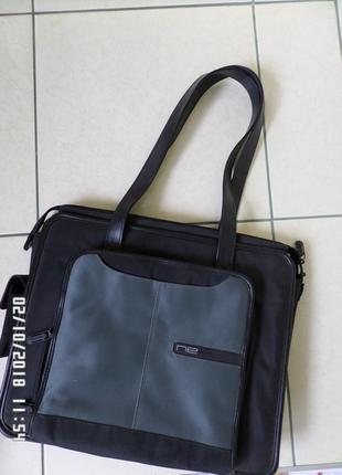 Belkin сумка у діловому стилі.