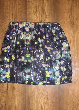 Мини юбка яркая в пайетках hm