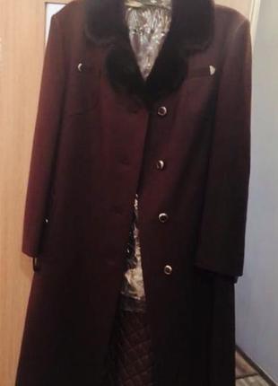 Пальто осень зима в стиле woolmark