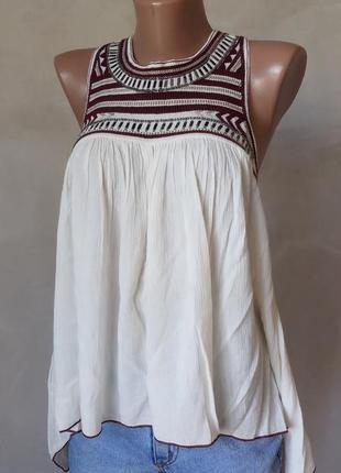 Блуза з вишивкою з біркою