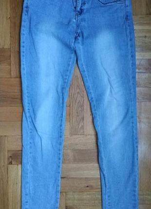 Класні джинси в класному стані