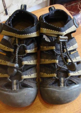 Сандали черные-хаки keen footwear размер 33 стелька 20 см