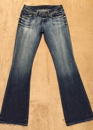 Стретчевые джинсы клёш