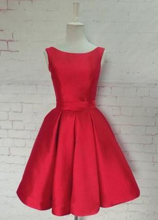 Роскошное платье ручной работы