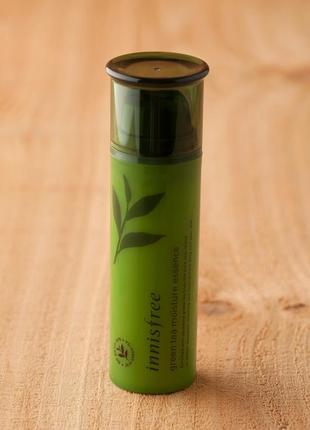Увлажняющая эссенция с экстрактом зелёного чая от innisfree
