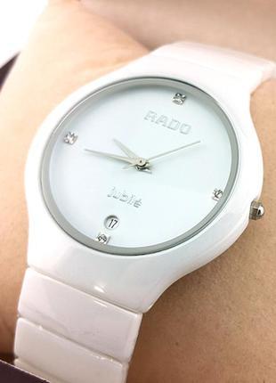 Наручные часы женские белые