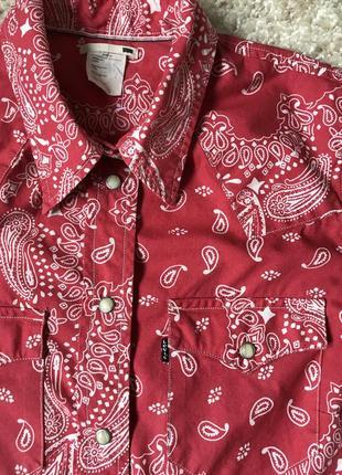 Красная рубашка в огурцы levi's4