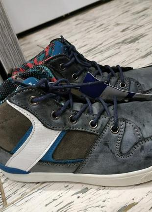 Стильные немецкие ботинки на осень и теплую зиму