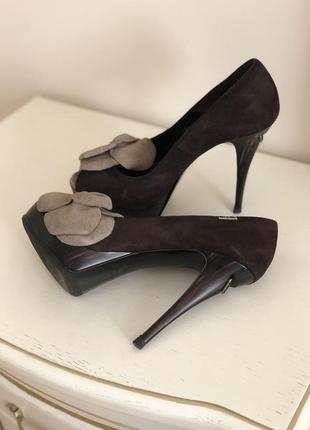 Loriblu роскошные замшевые туфли  италия люкс класс