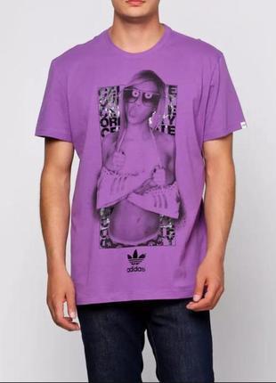Крутая мужская футболка adidas с принтом. хлопок. оригинал!