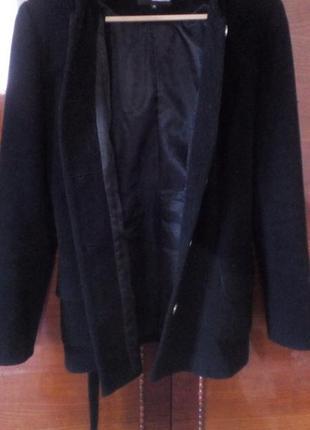 Кашемировое пальто в хорошем состоянии