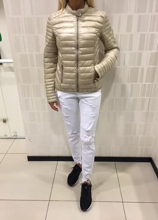 Стёганая куртка на синтепоне осенняя курточка. amisu. размеры хс и с.