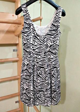 Базовое платье s-m3