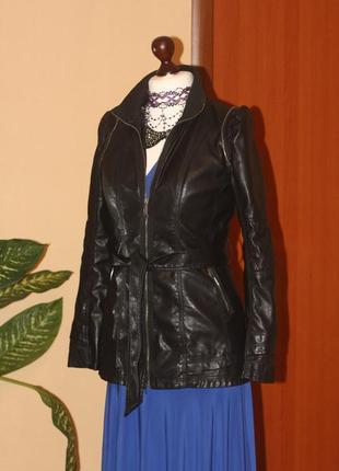 Удлиненная курточка из искусственной кожи