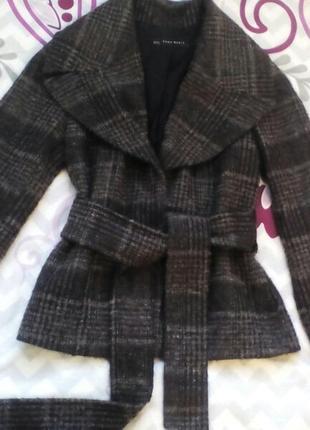 Твидовый пиджак жакет куртка очень стильный и модный от zara