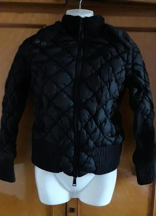 Шикарная стеганая куртка с капюшоном бренда silvian heach
