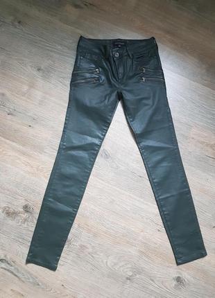 Джинсы, штаны, брюки