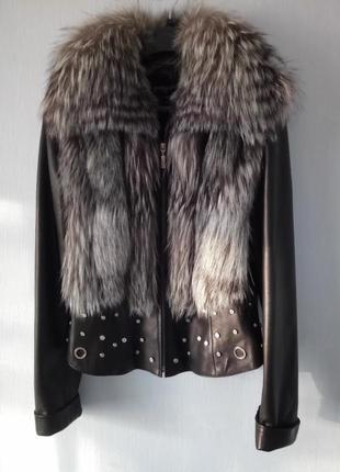 Фирменная куртка\жилет  натуральная кожа с мехом чернобурки