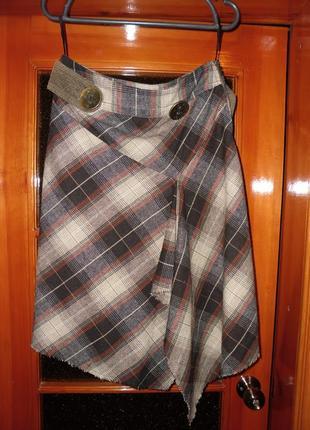Стильная юбка в кетку