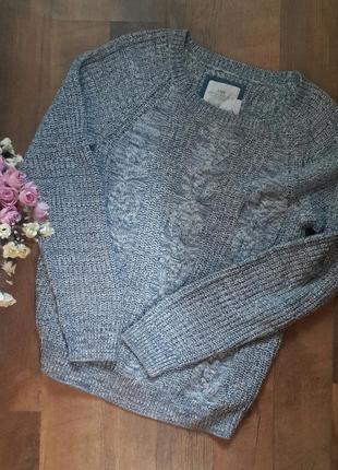 Классный свитер. много вещей.