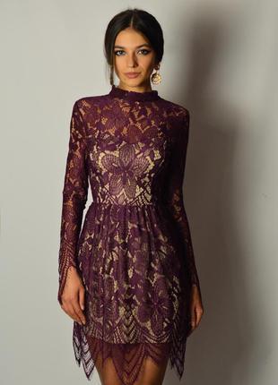 Роскошное кружевное платье марсала бордовое французское кружево на осень зиму вечернее
