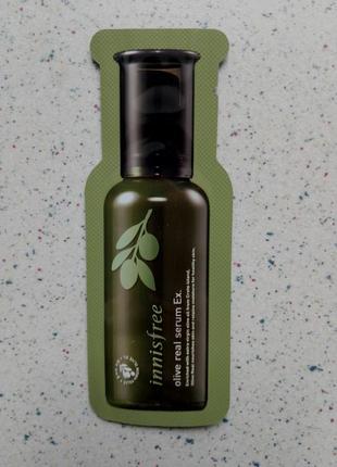 Глубокоувлажняющая и питательная сыворотка с маслом оливы от innisfree
