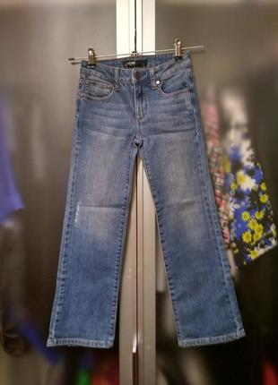 Плотные прямые фирменные джинсы на 7-8 лет