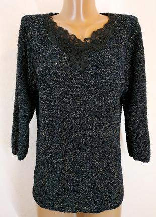 Нарядный свитерок с люрексом и кружевом