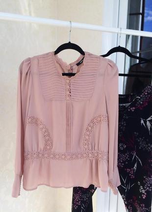 Нежная красивая блуза oasis