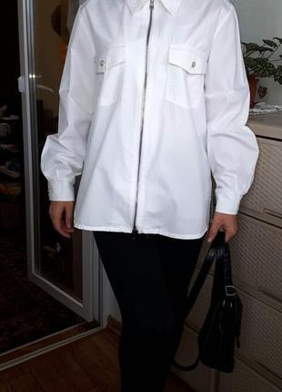 Классная коттоновая рубашка на молнии. белоснежная блуза. накидка. жакет размер 12-14