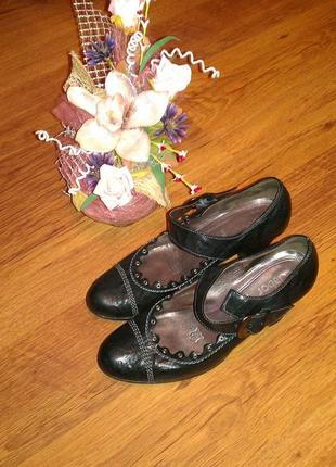 Кожаные туфли gabor 39-40р на устойчивом каблуке