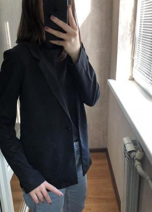 Чёрный пиджак h&m