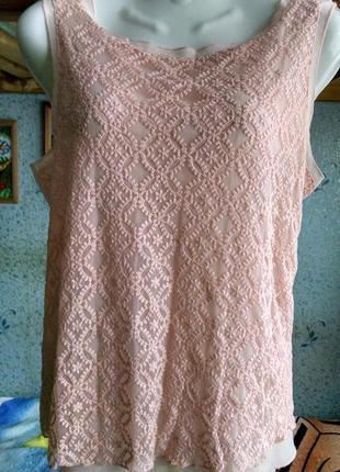 Красивая блуза с кружевным передом 46р,цвет-пудра.