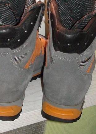... Meindl gore-tex- трекінгові шкіряні черевики. р- 443 ... 97db56052f965