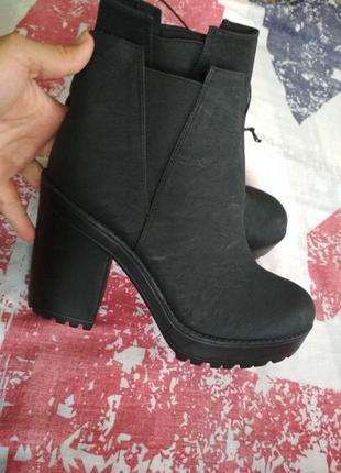 Ботинки полусапожки h&m, новые