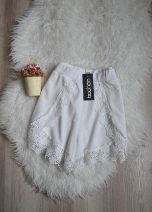 Новые шорты с кружевом boohoo