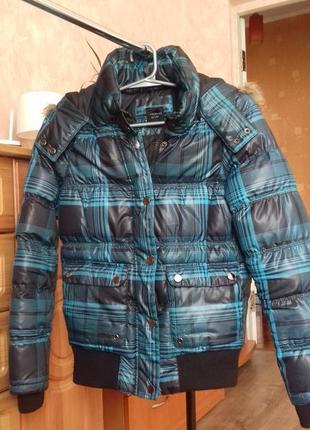 Стильна тепла курточка на осінь-зиму