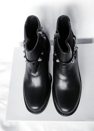 Ботинки демисезонные! качество отличное!2