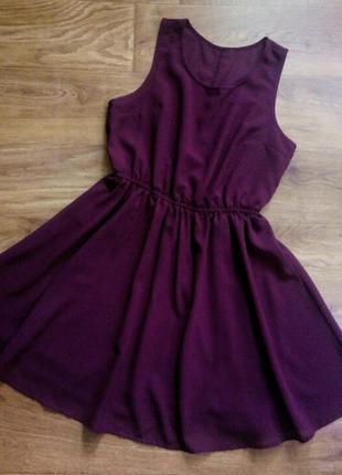 Бордовое шифоновое платье
