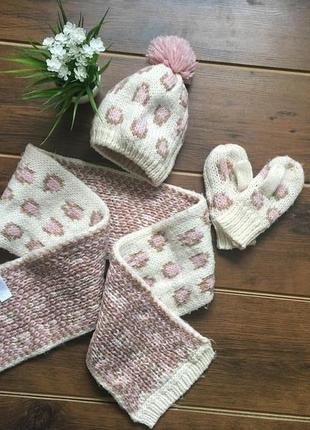 Красивый набор шапка шарф варежки