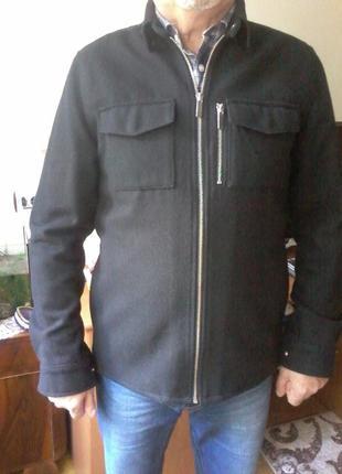 Куртка фірмова с